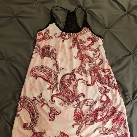 fa6aad85746b Secret Treasures Intimates & Sleepwear | Pink Red And Black Paisley ...